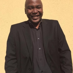 Mphuthumi Ntabeni Author 2019 Kingsmead BookFair-min