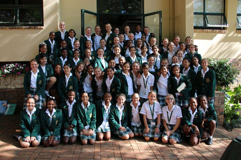 Kingsmead Junior School group photo front